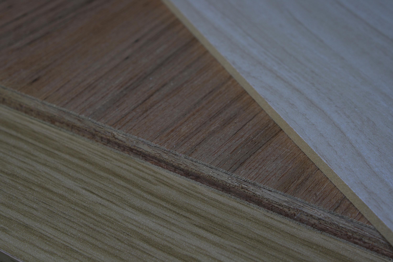 04-木製➀三種の木肌